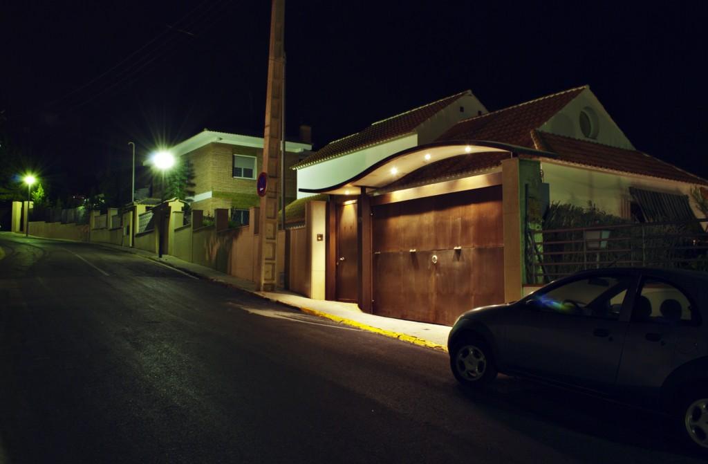 Villa-Arito-Entry-Fence_Sitges-Barcelona_Guillermo-Carone_05