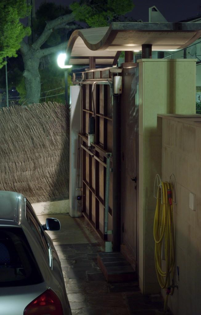 Villa-Arito-Entry-Fence_Sitges-Barcelona_Guillermo-Carone_07