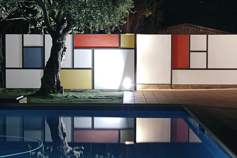 Mondrian-Fence-Villa-Arito_Sitges-Barcelona_Guillermo-Carone_06